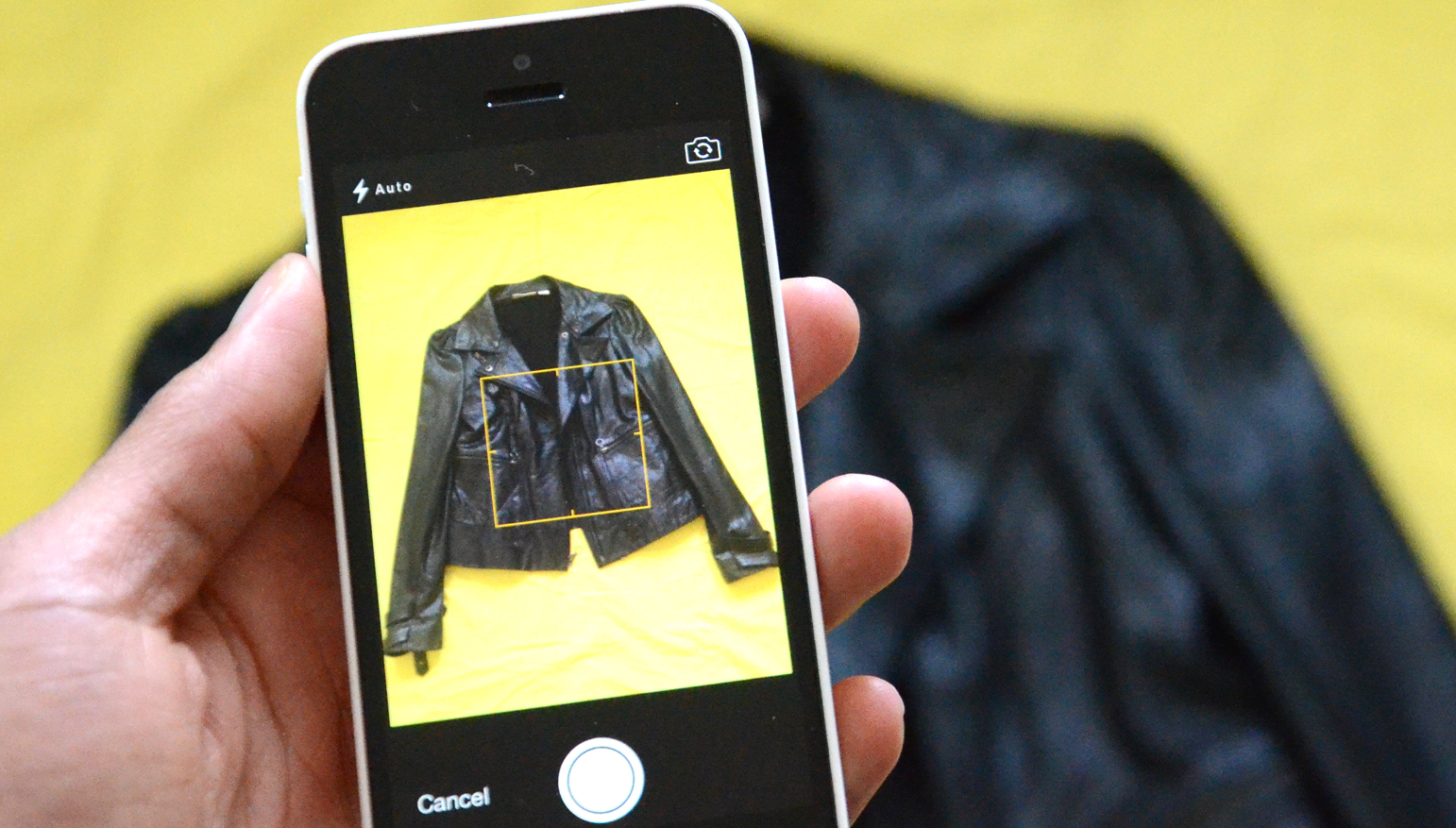 how to put iphoto pictures on iphone